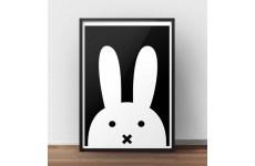 Nowoczesny plakat z białym skandynawskim królikiem