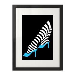 Czarna kolorowa grafika na ścianę z niebieskimi pantofelkami