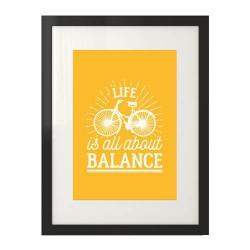 """Jasno pomarańczowy plakat motywacyjny z rowerem """"Life is all about balance"""""""