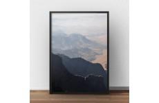 Plakat fotograficzny przedstawiający górski krajobraz