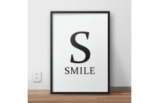 Skandynawski plakat typograficzny z napisem SMILE  i dużą literą S
