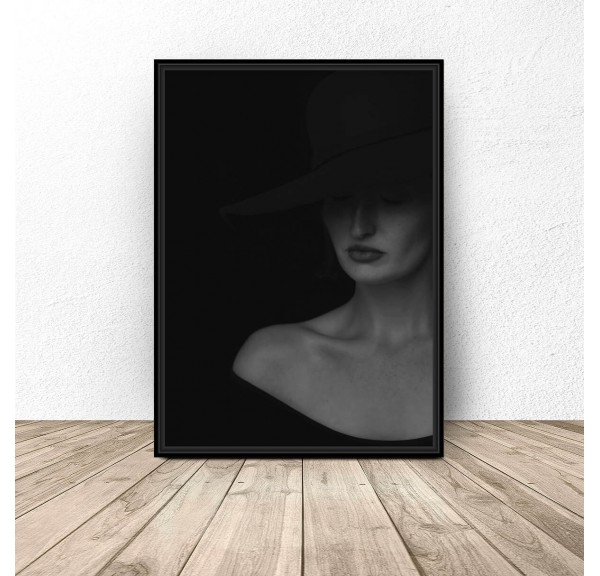 Elegant poster Lady in a hat
