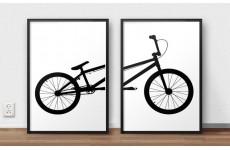 Zestaw plakatów przedstawiających razem rower BMX do powieszenia na ścianie lub postawienia na półce