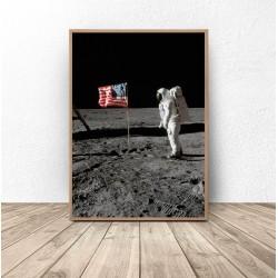 "Plakat NASA ""Amerykańska flaga na Księżycu"""